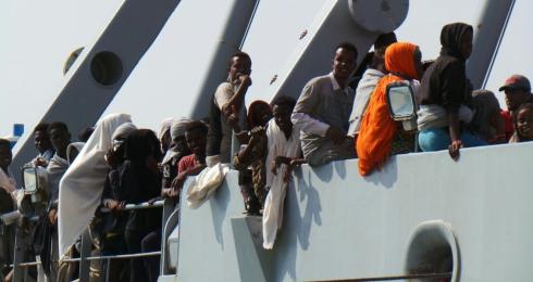 Migranti: soccorsi in mare nel Salento