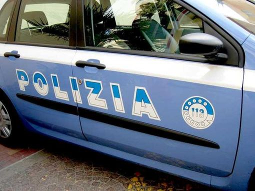Taranto, 26enne ferita da proiettile vagante
