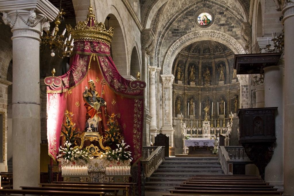 Risultati immagini per chiesa madre manduria