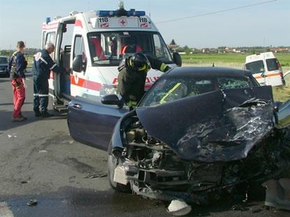 Ferragosto di sangue nel Brindisino: tre incidenti stradali, due morti